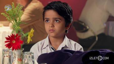 Aarav Babasını Bekliyor