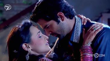 Arnav ve Kushi'den Romantik Dakikalar...
