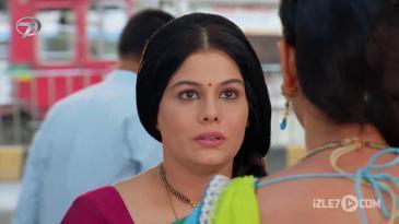 Apsara Anjali'ye Kendini Tanıttı