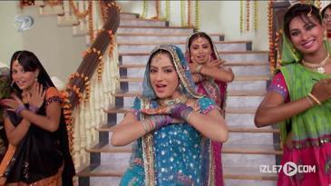 Mina ve Sandiya'nın Dans Gösterisi | Can Yoldaşım 42. Bölüm