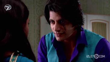 Viraj Janvi ile Yeniden Evlenmek İstiyor!
