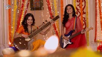 Swara ve Ragini Kardeşlerden Müzik Şöleni